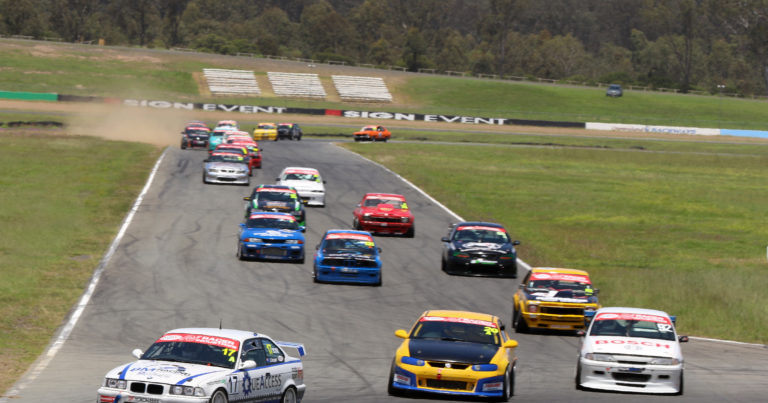 THUNDEROUS TOURING CARS RETURN TO QR IN RECORD NUMBERS.
